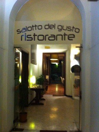 Salotto Del Gusto.Ristorante Salotto Del Gusto Firenze
