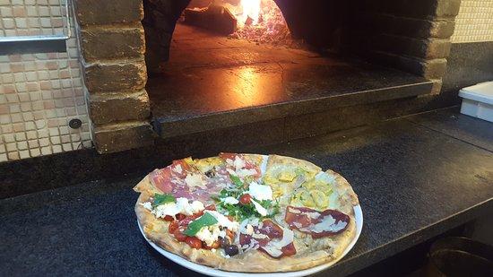 La Credenza Pizzeria : Pizza integrale foto di pizzeria la gogna schio tripadvisor